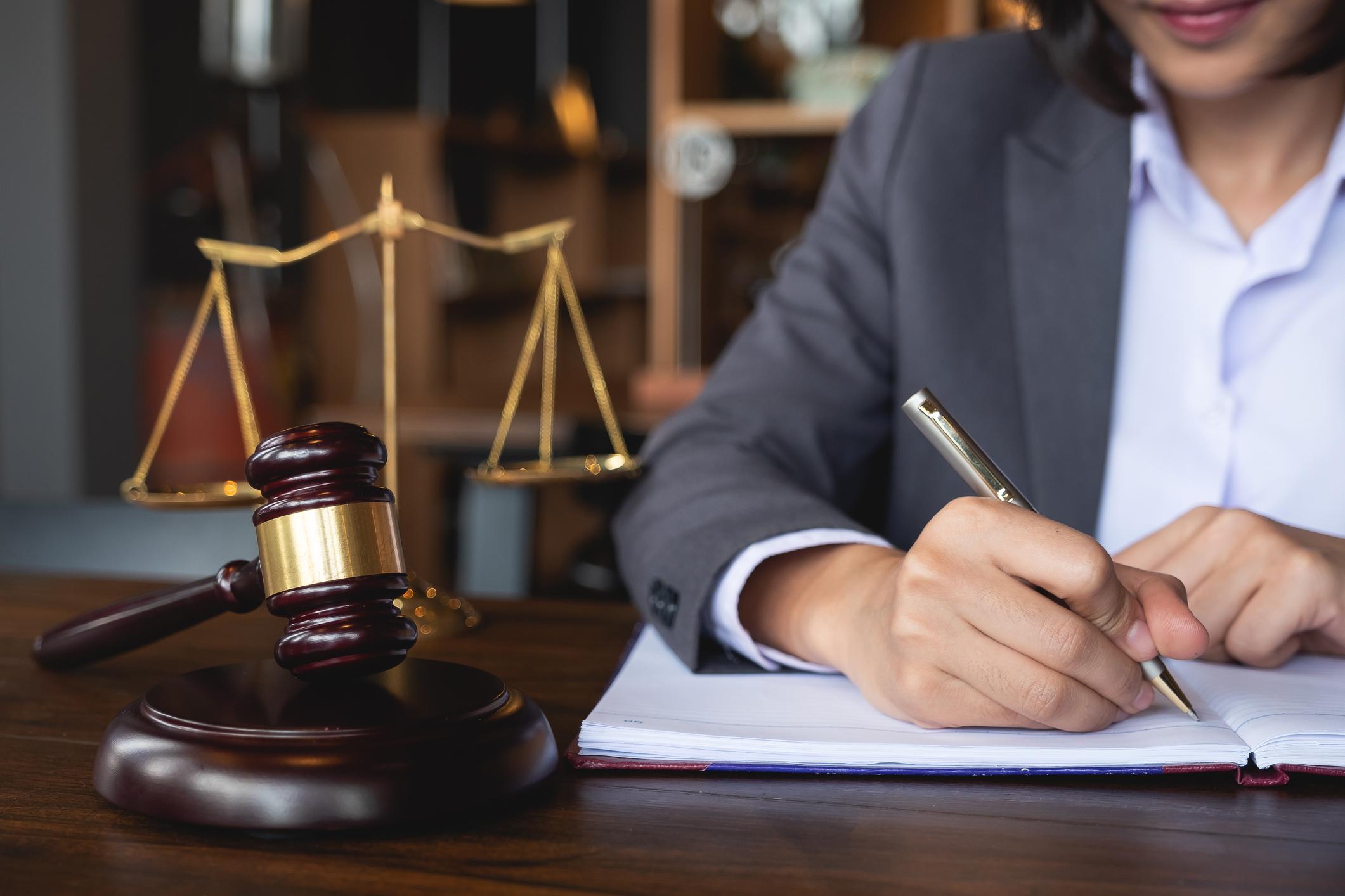 Réforme des retraites : le Gouvernement fait des propositions aux avocats